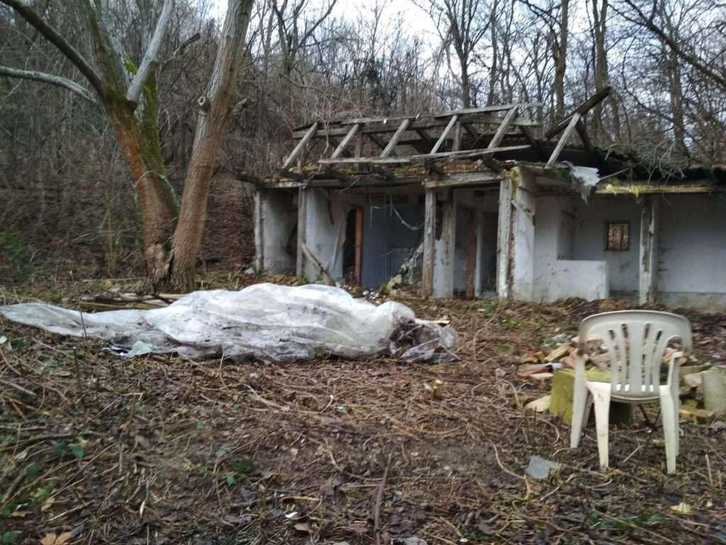 romos épület bontása és tereprendezés fotók