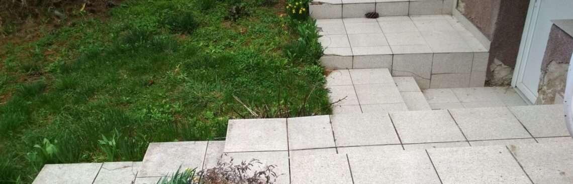 terasz bontása bobcat-tel videó